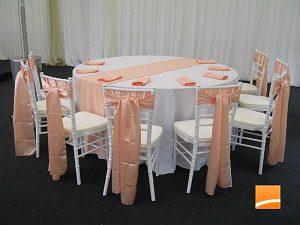 столу и стулья для банкета в аренду